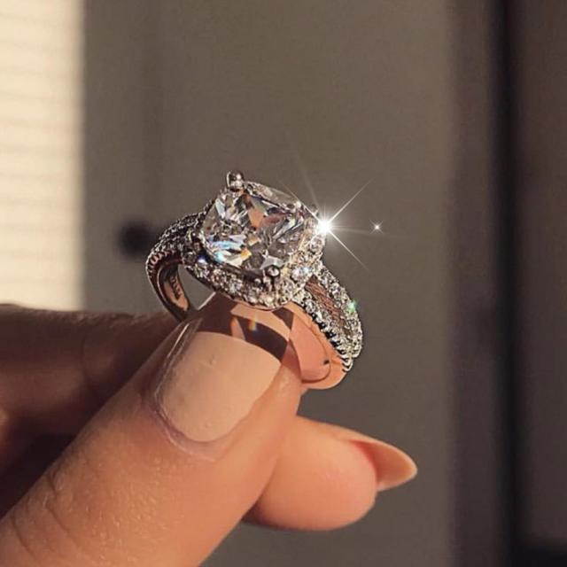 Luxxly Jewels